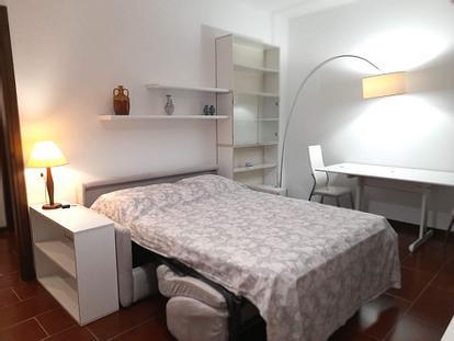 [NV] - Ampio e luminoso monolocale arredato con cucina separata, 9° piano con terrazzo, zona Sempione vicino M5