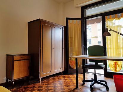Camera per studentesse in zona Pratale