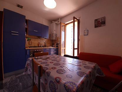 Appartamento con 2 singole in Via Campansi
