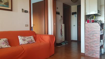Camera singola in ampio quadrilocale