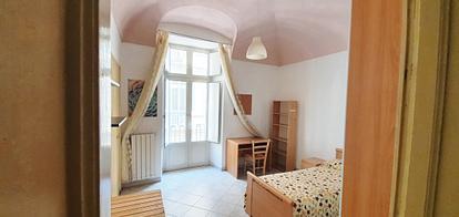 Appartamento con 2 camere zona Piazza Castello