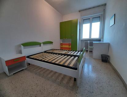 Camera singola vicino Studium e via Taranto