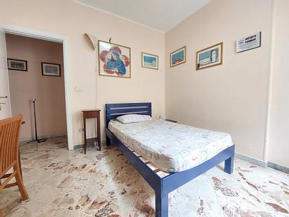 Camera con bagno e cucina privata (fino a giugno)